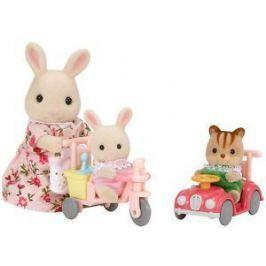 Sylvanian Families Mamka biely králik s hrajúcimi sa mláďatami
