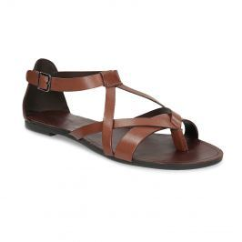 Hnedé kožené sandále s remienkami medzi prstami
