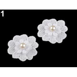 Čipkový kvet s perlou Ø40 mm biela 50ks Stoklasa