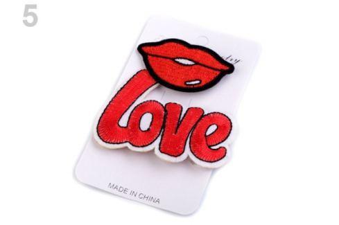 Textilná brošňa ruža, vtáčik, Love červená 1kar. Stoklasa